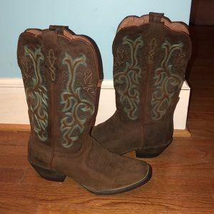 Women's cowboy boots size 8